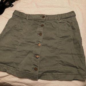 Dresses & Skirts - Green button up skirt